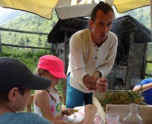 ateliers nature à Valloire;fleurs des montagnes;tourisme et activités valloire